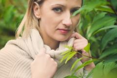 plenerowa kobieca sesja zdjeciowa (43)