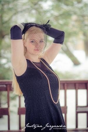 Kobieca sesja zdjęciowa w plenerze