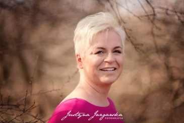Joanna (61)