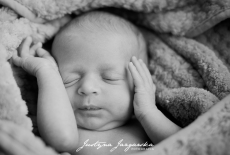 Fotograficzna sesja noworodkowa