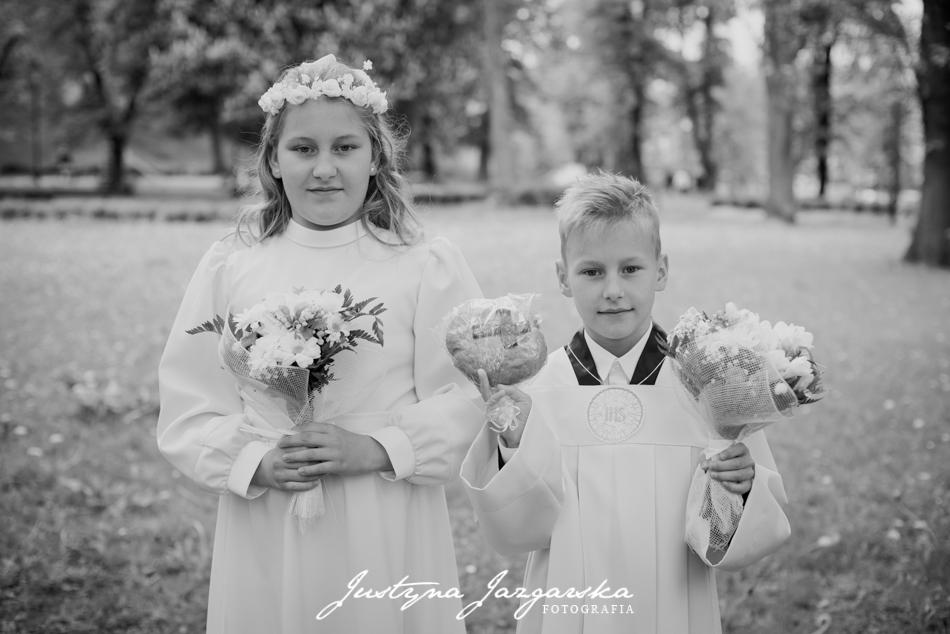 fotografia komujna, komunia święta, fotograf Gdańsk, fotograf Gdynia, fotograf Sopot, plener komunijny, rodzinna sesja zdjęciowa